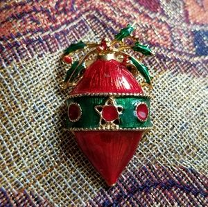 Vintage Christmas Ornament brooch red gold pin